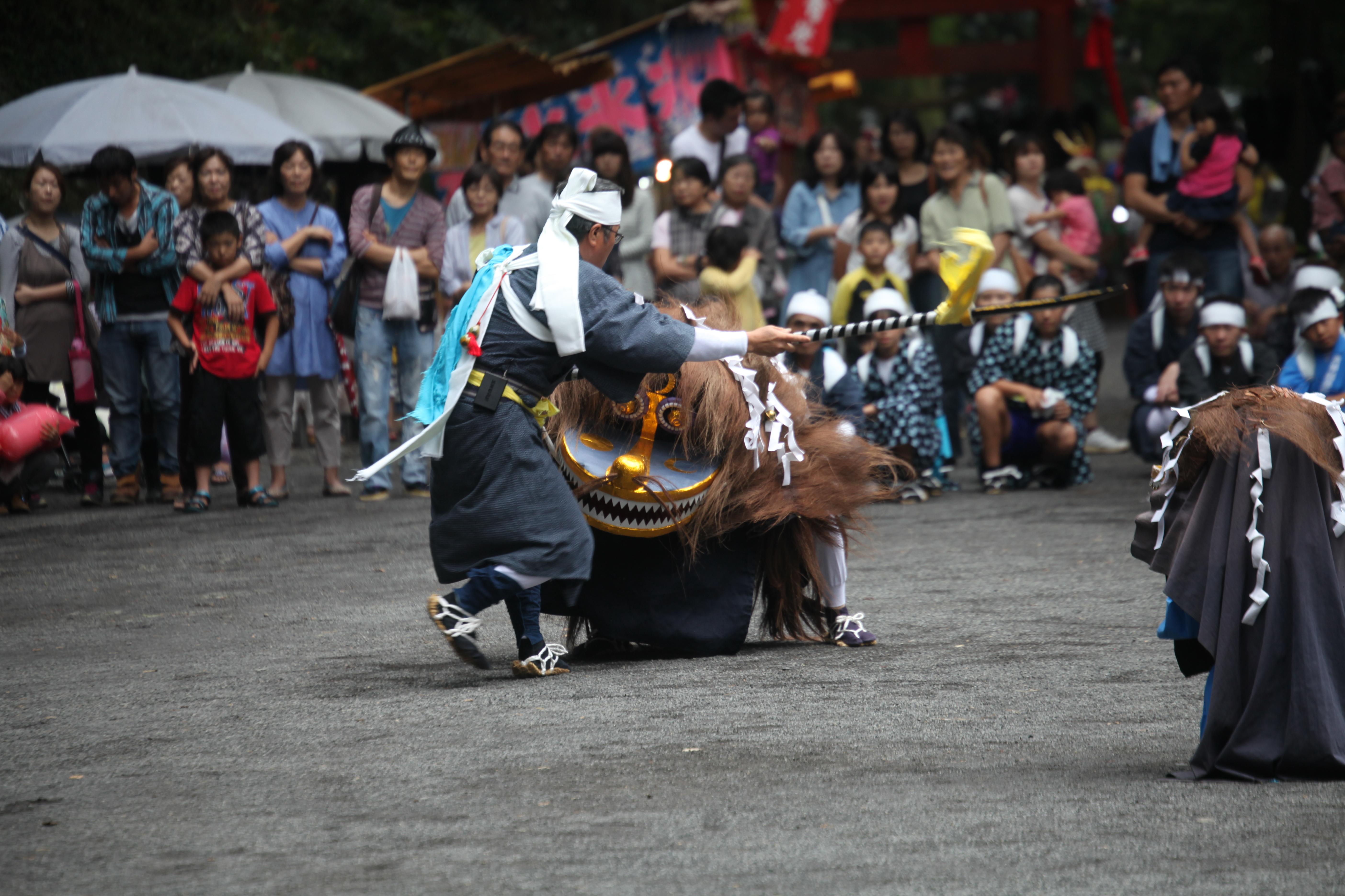 大平の獅子舞