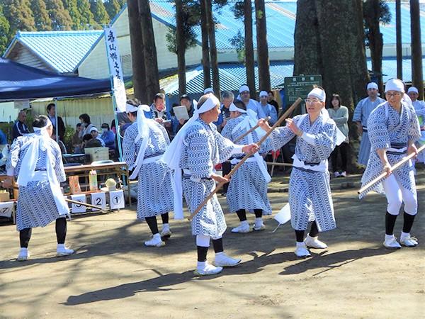 棒踊り(春山)