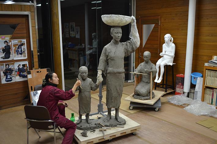 「大きな塔をつくろう」講師:田原迫 華(彫刻家)