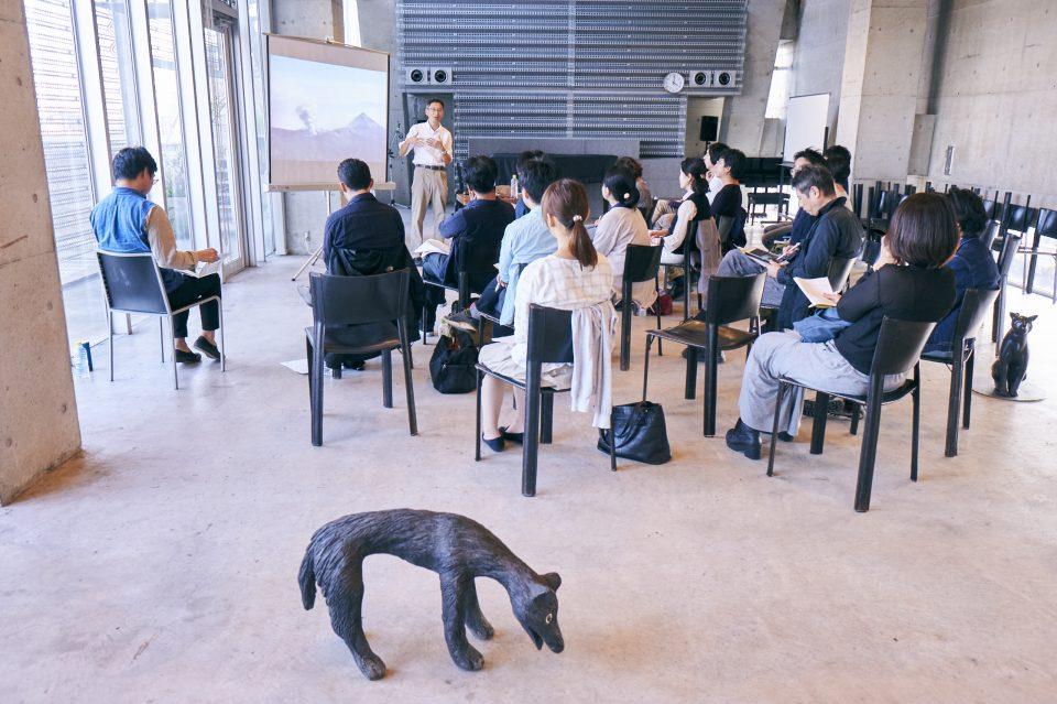 考える・学ぶ!ワークショップ:「アートな青空会議」