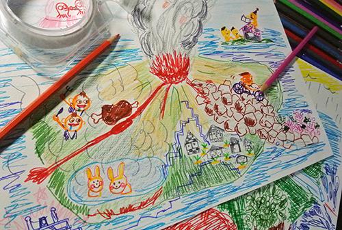 ゲストアーティストプログラム vol.1「親子制作・桜島の地図絵本をつくろう!!」 講師:さめしまことえ